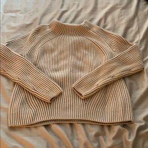 Athleta crew neck knitted sweater
